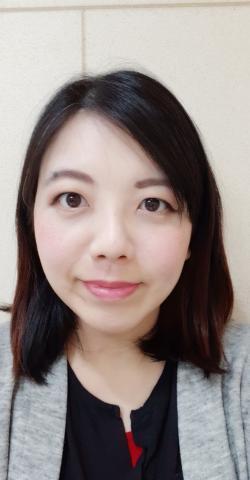 提供中英文翻譯服務的專家Carol Chiang