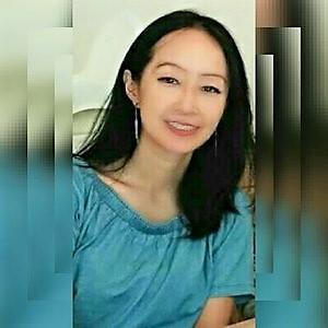 提供商業文件翻譯服務的專家Felicia 徐