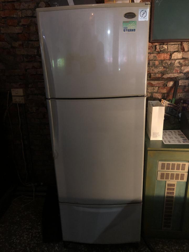 冰箱維修案件圖片