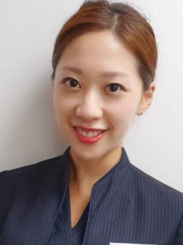 提供日文翻譯服務的專家張伯萱