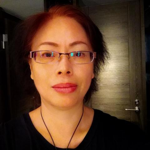 提供禮品製作服務的專家江鳳秋製作管理
