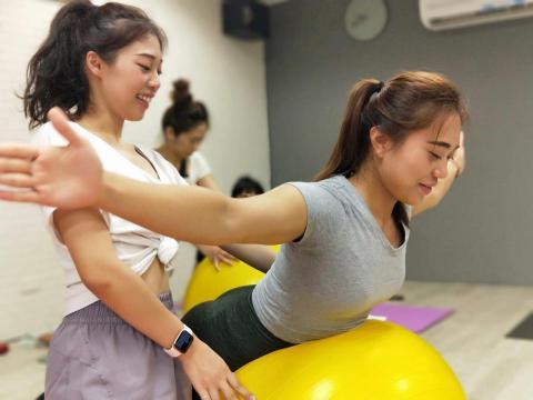 提供健身房服務的專家🏅Free Body Fitness / 竹靖健康