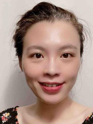 提供中英文翻譯服務的專家AMZ陳韻婷