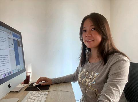 提供翻譯社台北服務的專家戎莉芳