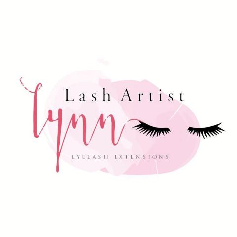 提供睫毛服務的專家Lynn's eyelashes