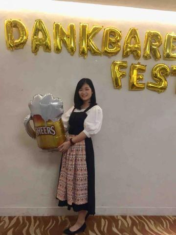 提供中文翻英文服務的專家李冠柔(Veronika Lee)