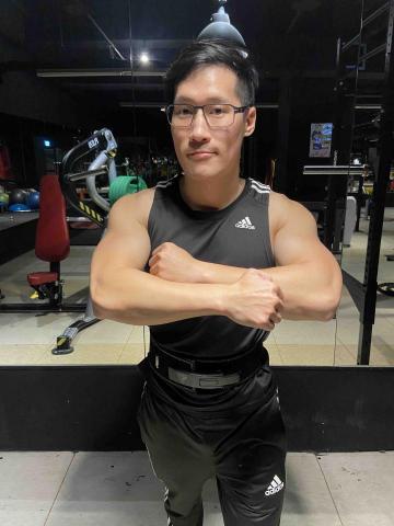 提供健身房服務的專家Jomio